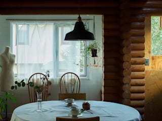 Livings de estilo escandinavo de エム・アンド・オー Escandinavo