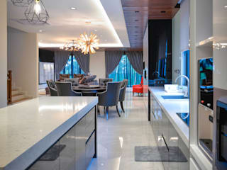 Modern kitchen by Young Concept Design Sdn Bhd Modern