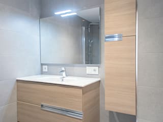 Bathroom by Grupo Inventia