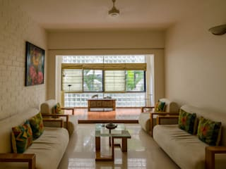 P&S Residence Tropical style living room by Kamat & Rozario Architecture Tropical
