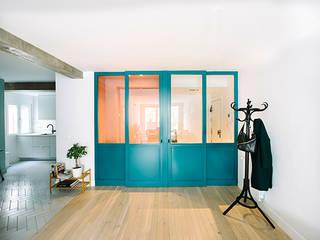 Modern style doors by nimú equipo de diseño Modern