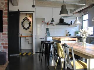 Reforma Integral de vivienda Estilo Industrial, Tenerife (2019) Comedores de estilo industrial de DSol Studio de Arquitectura + Arte Industrial