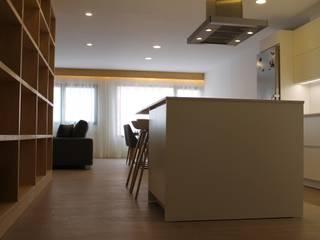 Reforma Integral de vivienda en Paseo de Chil, Gran Canaria (2018) de DSol Studio de Arquitectura + Arte Minimalista