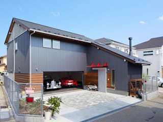 (株)バウハウス Modern garage/shed Solid Wood Grey