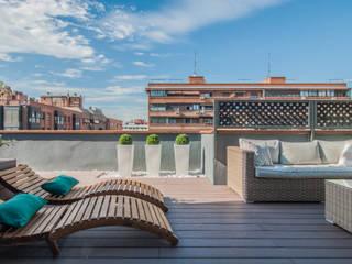 Balcones y terrazas modernos de Simetrika Rehabilitación Integral Moderno