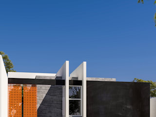 CASA OSV de RIALD arquitectos Minimalista