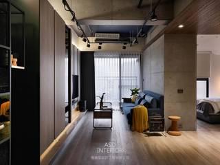 天擎之境,靜逸居所:  客廳 by 雅適登設計工程有限公司,
