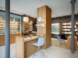 Negozi & Locali commerciali moderni di Alessandra Pisi / Pisi Design Architectes Moderno