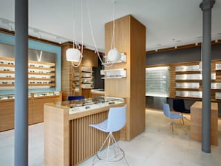 Kantor & Toko Modern Oleh Alessandra Pisi / Pisi Design Architectes Modern