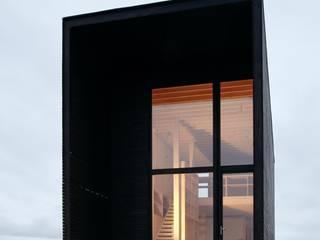 Ampliaciones y Remodelaciones: Estudios y biblioteca de estilo  por Comercial Ébano Spa, Moderno