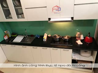 Công trình tủ bếp acrylic thùng tủ inox 304 cao cấp nhà anh Tùng - Lạc Long Quân Nội thất Hpro KitchenCabinets & shelves White