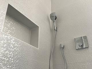 Ванные комнаты в . Автор – Nuance d'intérieur, Модерн