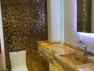 """Diseño y construcción de casa moderna de dos plantas en Marbella """"MONTBELIARDE"""" Baños de estilo minimalista de AMSR ARQUITECTOS en Málaga Minimalista"""