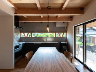 離れの家 モダンな キッチン の あかがわ建築設計室 モダン