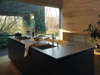 modern  oleh Franke GmbH, Modern