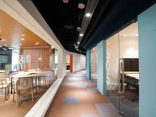 Geschäftsräume & Stores von 行一建築 _ Yuan Architects, Modern