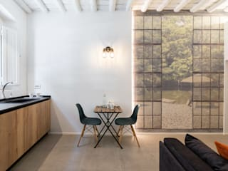 Asian style dining room by B+P architetti Asian