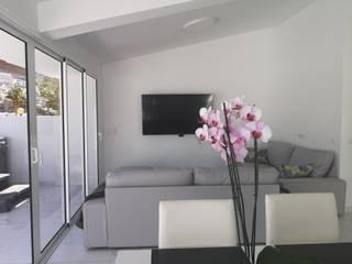 Reforma integral. Apartamento Orinoco Comedores de estilo escandinavo de O2 eStudio BIM arquitectos S.L.P Escandinavo