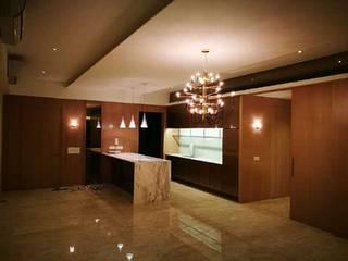Y RESIDENCE by Mezt interior architecture Minimalist