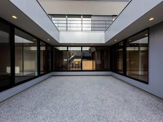 音箱の家: STaD(株式会社鈴木貴博建築設計事務所)が手掛けた庭です。