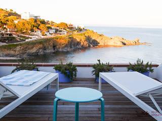 Rehabilitación integral de segunda residencia Balcones y terrazas de estilo mediterráneo de Xmas Arquitectura e Interiorismo para reformas y nueva construcción en Barcelona Mediterráneo