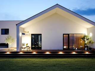 Passive house by 인우건축사사무소, Modern