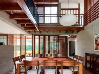 Casa MEC: Comedores de estilo  por Francisco Dulanto Arquitecto, Moderno