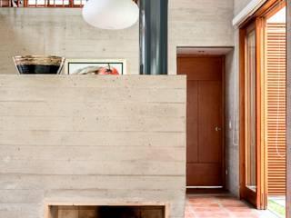Casa MEC Comedores de estilo moderno de Francisco Dulanto Arquitecto Moderno