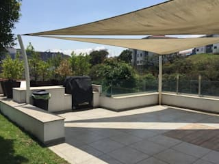 Pérgolas para jardín : Terrazas de estilo  por G&L MACOF,