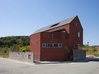 Casas de madera de estilo  por 위드하임, Moderno