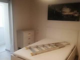 Modern Bedroom by Creattiva Home ReDesigner - Consulente d'immagine immobiliare Modern
