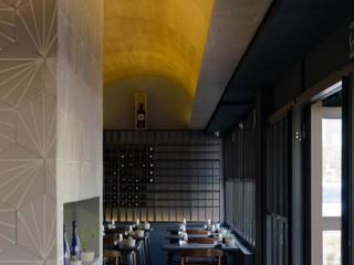 Modern bars & clubs by MX Taller de Arquitectura & Diseño Modern