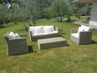 Uniko Jardines de estilo moderno