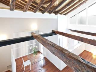 Rehabilitación y proyecto de interior de vivienda del s.XVIII en el centro histórico de Toledo. Comedores de estilo clásico de Romero & Vallejo / Estudio de arquitectura y diseño Clásico