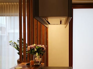 Piękne 2 poziomowe mieszkanie na Mokotowie: styl , w kategorii Jadalnia zaprojektowany przez Project Art Joanna Grudzińska-Lipowska