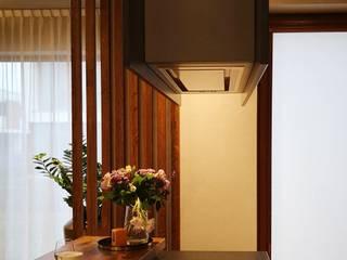 Modern dining room by Project Art Joanna Grudzińska-Lipowska Modern