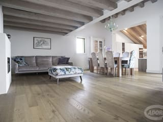Dormitorios de estilo mediterráneo de Cadorin Group Srl - Italian craftsmanship Wood flooring and Coverings Mediterráneo