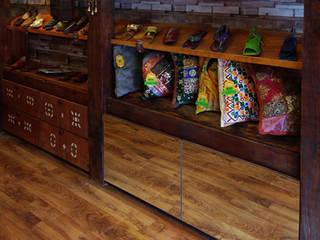Local Comercial - Tienda Meghna, Viña del Mar.:  de estilo  por ESTUDIOMCU,