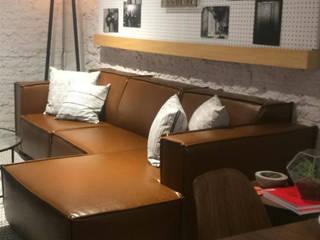 L´ ATELIERA ห้องนั่งเล่นโซฟาและเก้าอี้นวม สิ่งทอ Brown