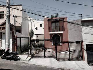 Single family home by Creer y Crear. Arquitectura/Diseño/Construcción, Modern