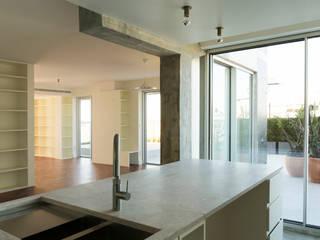 Apartamento AV . Lisboa . 2019 por Joana Vilhena arquiteta