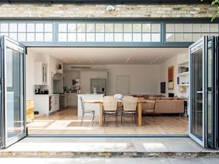 residential West London: classic  by Cayford Design, Classic