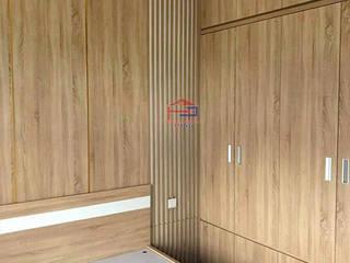 Công trình nội thất phòng ngủ gỗ Melamine An Cường nhà anh Nam – Ecopark : hiện đại  by Nội thất Hpro, Hiện đại