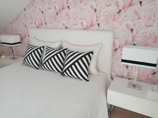 Tropical style bedroom by Espaços Únicos - EU InteriorDecor Tropical