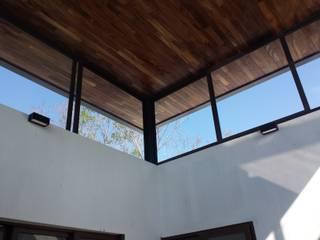 Puertas y ventanas de estilo clásico de De Todo En Aluminio Clásico