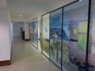 Modern Walls and Floors by De Todo En Aluminio Modern