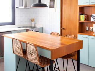Nhà bếp phong cách hiện đại bởi ESTUDIOFES ARQUITECTOS Hiện đại