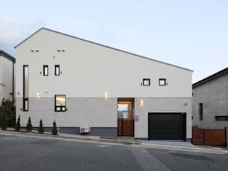 Projekty,  Dom z drewna zaprojektowane przez 주택설계전문 디자인그룹 홈스타일토토, Nowoczesny