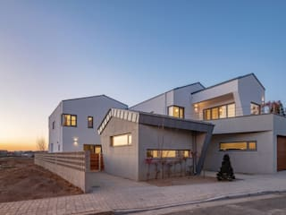 (주)건축사사무소 더함 / ThEPLus Architects Multi-Family house