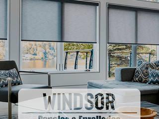 Cortinas, paneles y enrrollables -Windsor:  de estilo  por HOME DECO & HOME GLASS,